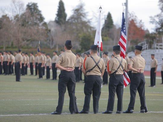 El programa del Cuerpo Juvenil de Adiestramiento de Oficiales de la Reserva de la Marina de la preparatoria Everett Alvarez tuvo su inspección anual el 16 de enero.