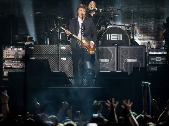 "Paul McCartney kicks off his Firefly Music Festival set with ""Birthday"" in 2015."
