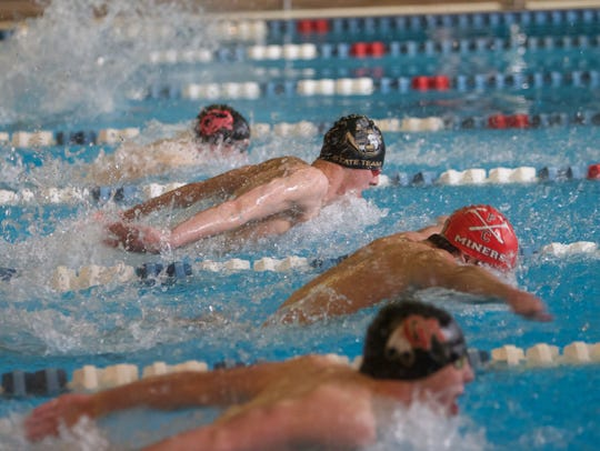 Region 9 swimmers compete at the 4A state swimming