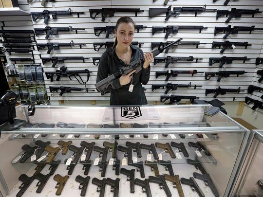 En Estados Unidos activistas han pedido por años la prohibición del mismo tipo de armas.