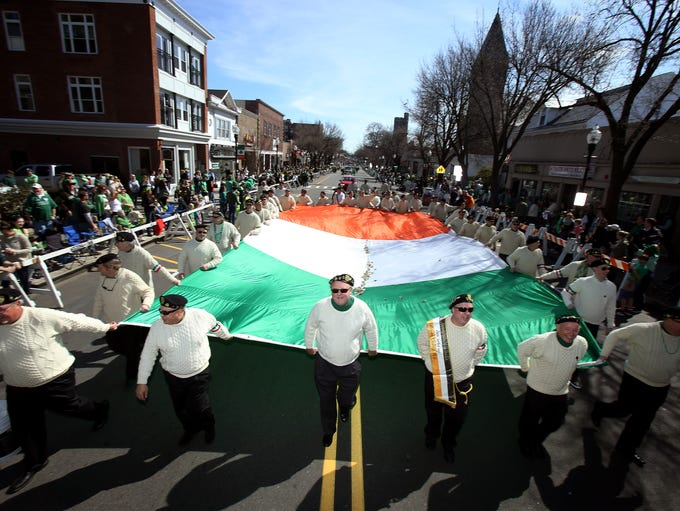 The Friendly Sons of St. Patrick of Morris County march