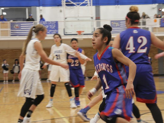 The Carlsbad Cavegirls defeated the Las Cruces Lady