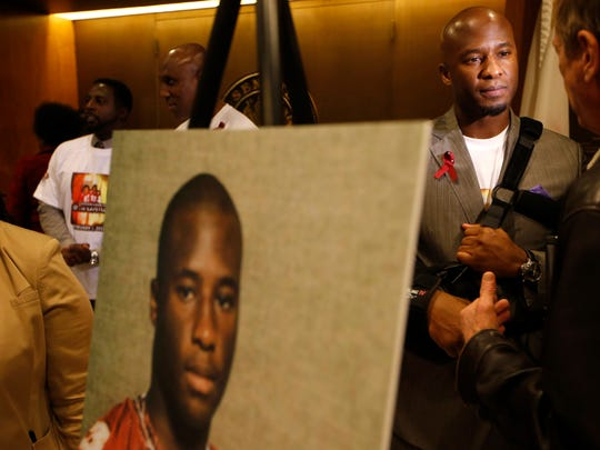 Devard Darling speaks about his identical twin brother, Devaughn Darling, who died during an a workout as a member of the FSU football team in 2001. The Darling family was at the Capitol  in 2016 for a press conference discuss the 1.8 million owed to the family by the state of Florida. Darling will speak at a sickle cell symposium at FSU on April 16.