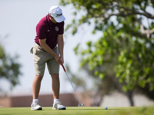 Flour Bluff's John Chapa putts the ball during practice on Thursday, April 19, 2018 at Gulf Winds golf course.