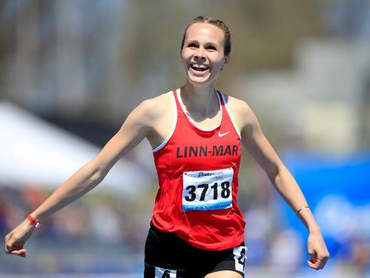 Payton Wensel of Linn-Mar wins the girls 400 meter