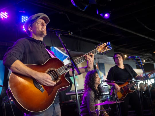 Jason Mraz and band perform at the  Summer Kickoff at Jenkinson's  Boardwalk in Point Pleasant Beach on May 25, 2018.