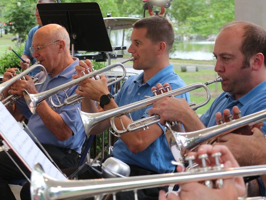 The Westfield Community Concert Band will performa