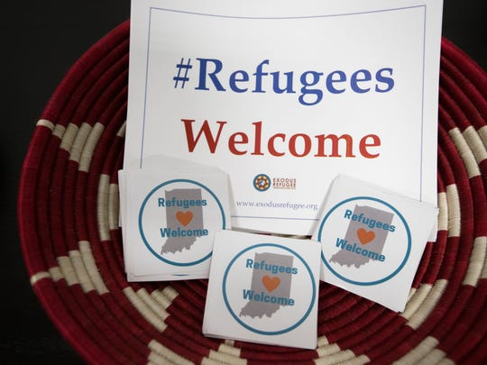 #Refugees welcome signs displayed during the press