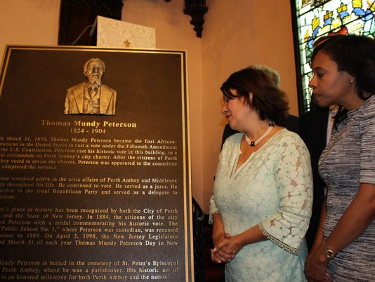 Memorial plaque unveiled PHOTO CAPTION