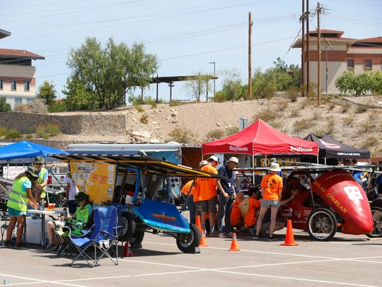 The 2018 Solar Car Challenge on Friday morning rolled