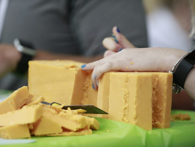 Wisconsin Valley Fair held a cheese carving contest