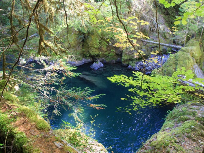 The Middle Santiam River pools into this scenic swimming