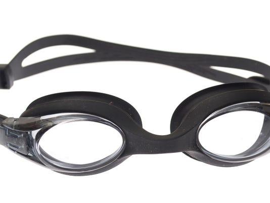 636022206053036179-swimming-goggles.jpg