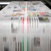 Roll back tariffs on newsprint