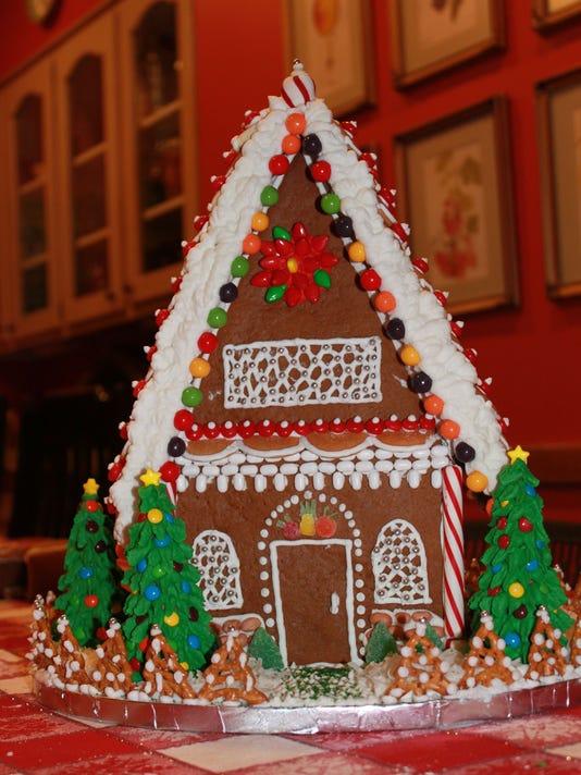 635545865960680143-McDaniel-Gingerbread-Monroe