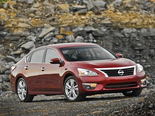 635975464412711337-Nissan2013Altima-17.jpg