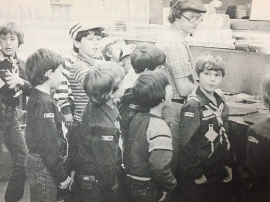 Uniontown Cub Scout packs 89 and 44 visited Pizza Hut in March 1984 to learn about the pizza making process.