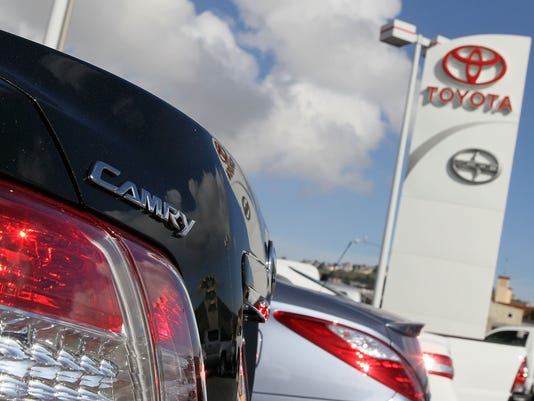 GTY TOYOTA CRISIS MOUNTS AS U.S. STEPS UP PRESSURE TO FIX VEHICLES A TRN USA CA