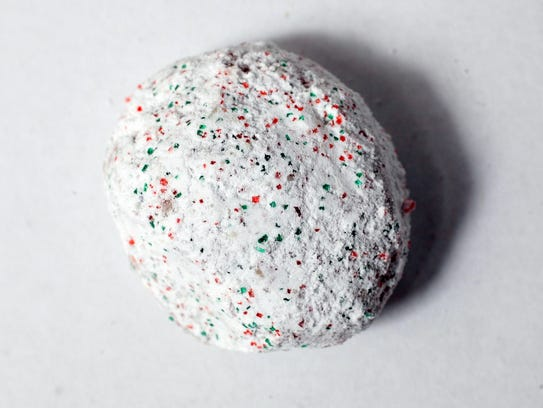This festive little cookie is coated with a mix of