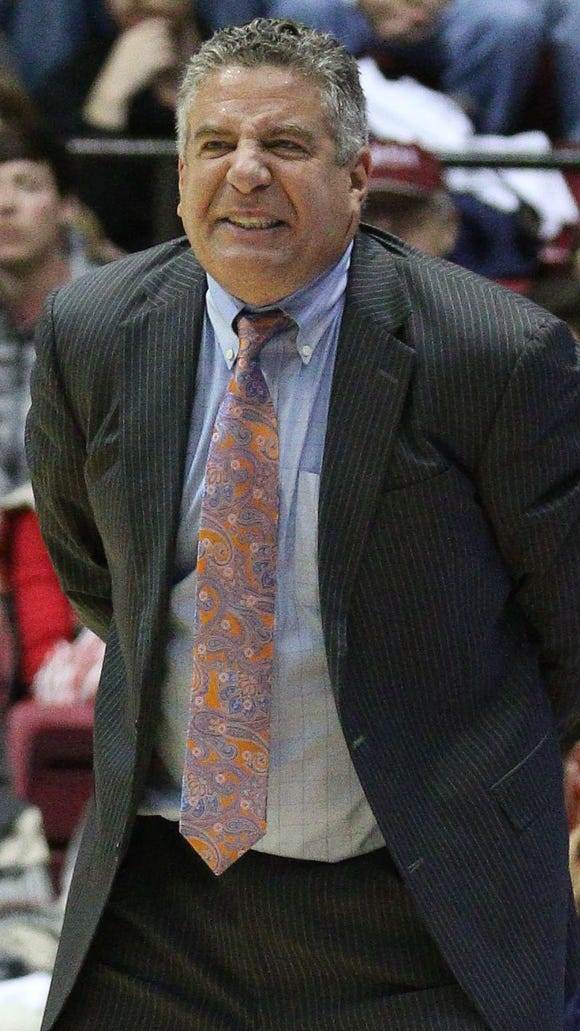 Auburn Tigers head coach Bruce Pearl during the game
