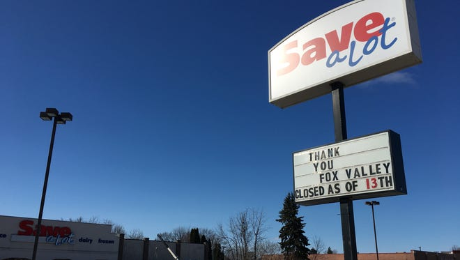 Save-A-Lot in Little Chute closed Monday.