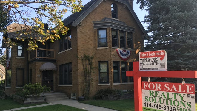 August home sales in metro Milwaukee rose 1.7%.