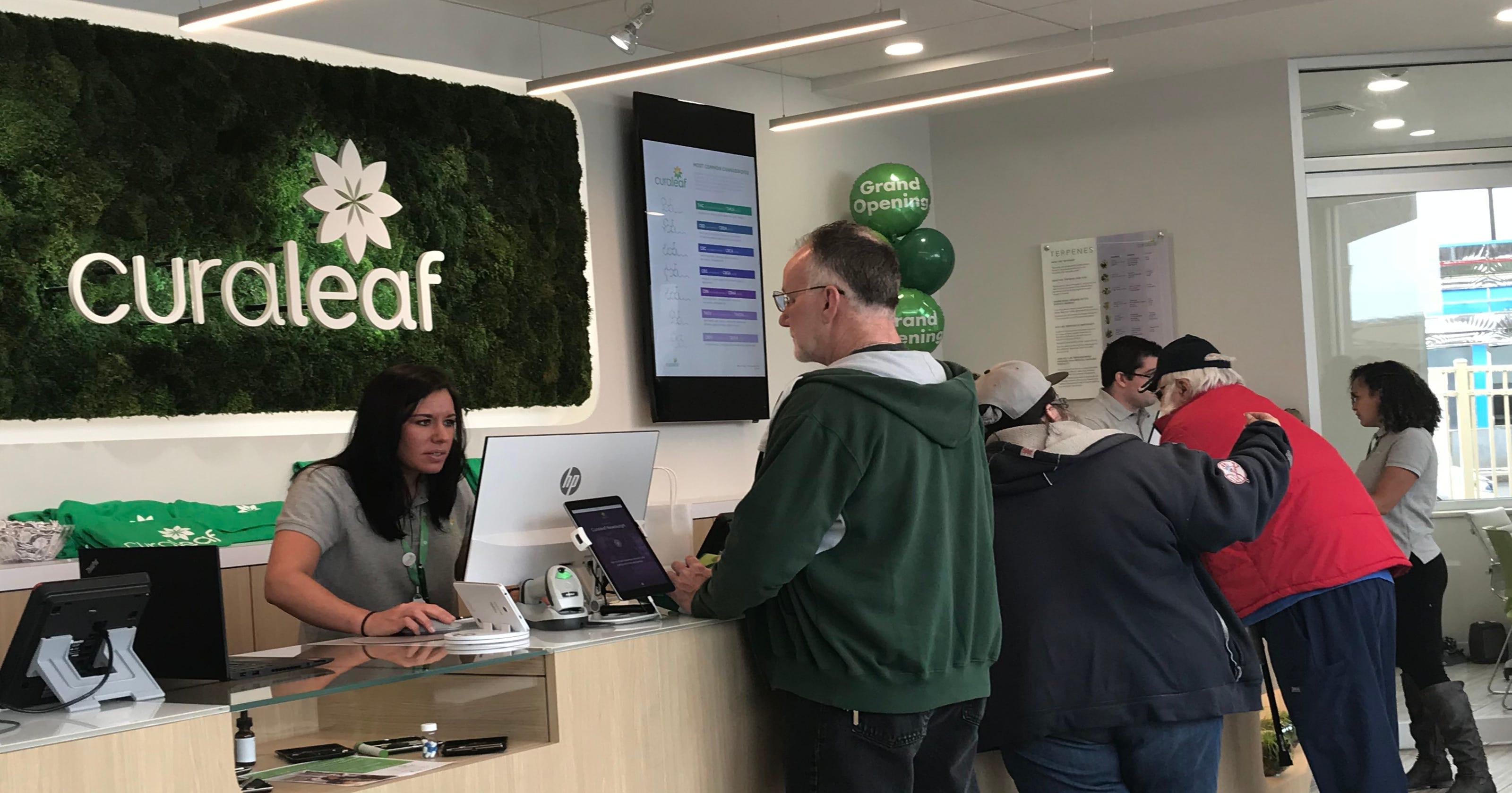 Medical marijuana dispensary draws big crowd at opening
