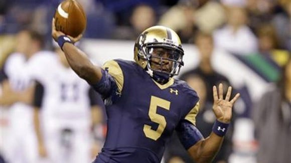 Everett Golson and the No. 6 Notre Dame Fighting Irish have a key game next week at No. 15 Arizona State.