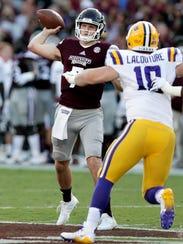 Mississippi State quarterback Nick Fitzgerald (7) attempts