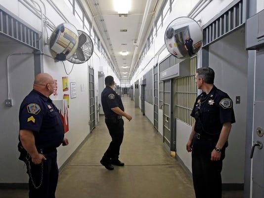 prison102115
