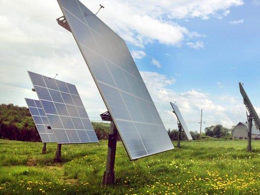-Morse Farm AllSun Tracker Solar Farm.jpg_20140625.jpg
