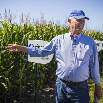 Feeding China: Shorter corn stalks in tight rows could be key