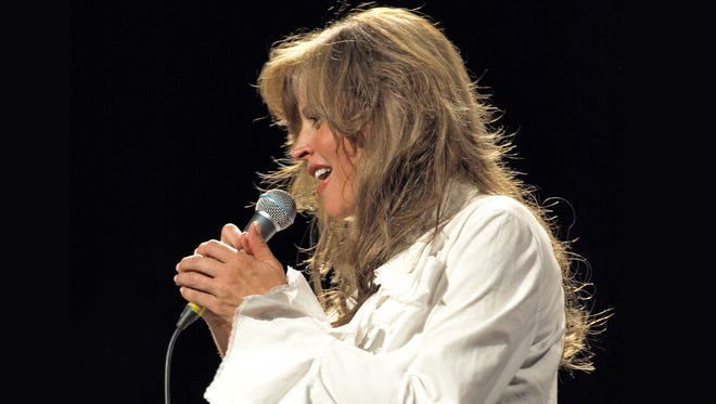 Michelle Whited will sing the music of Karen Carpenter during The Carpenters Tribute Sept. 29 at the Elsinore Theatre.