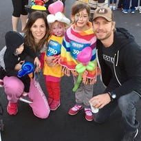Dierks Bentley's wife, Cassidy, to run Boston Marathon for a cause