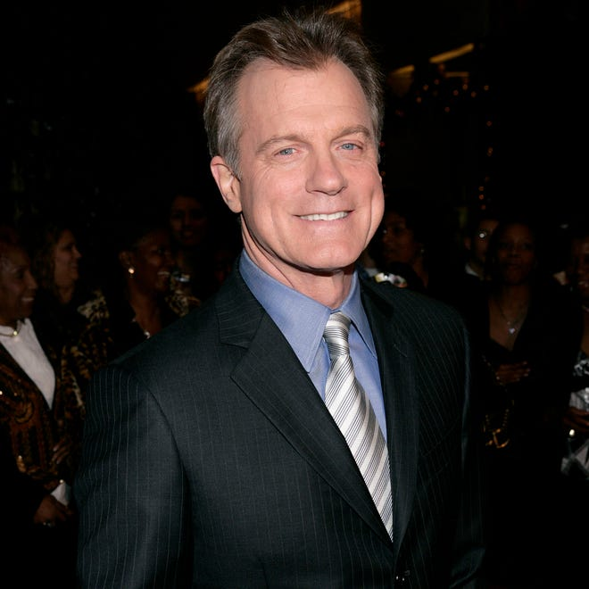 Stephen Collins arrives at the Family Television Awards in Beverly Hills on  Nov. 29, 2006.