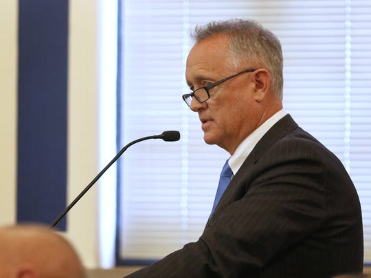 Hamilton County Prosecutor Joe Deters cross-examines
