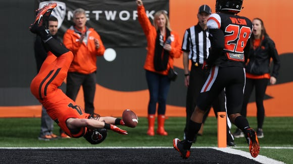 Oregon State's Ryan Nall scores a touchdown during the Beavers' spring game on Saturday, March 18, 2017, at Reser Stadium in Corvallis.