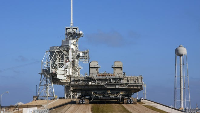 Private firms SpaceX will begin negotiations with NASA to use Kennedy Space Center's pad 39A.