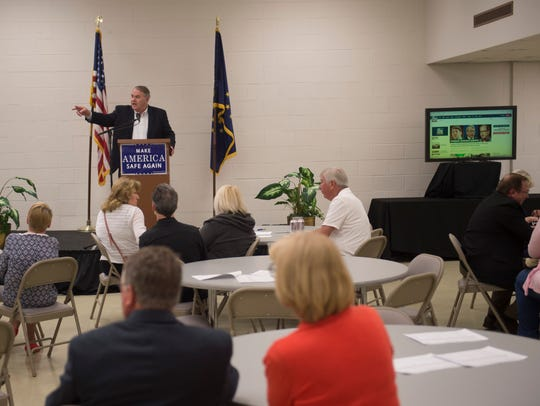 Vanderburgh Republican Party chairman Wayne Parke address