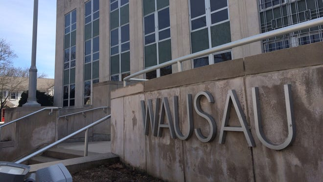 After years of governance problems, a city administrator could help Wausau City Hall function effectively and efficiently.