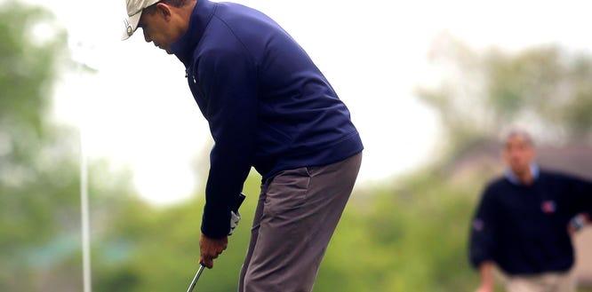 AP Obama Golf_002