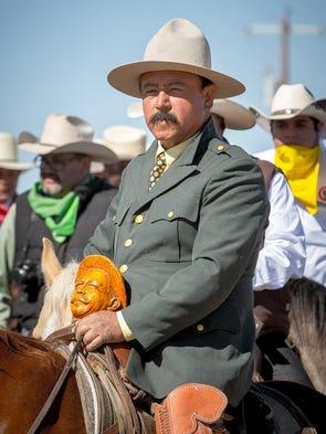 Cabalgata Binational rider Narciso Martinez Alvarado