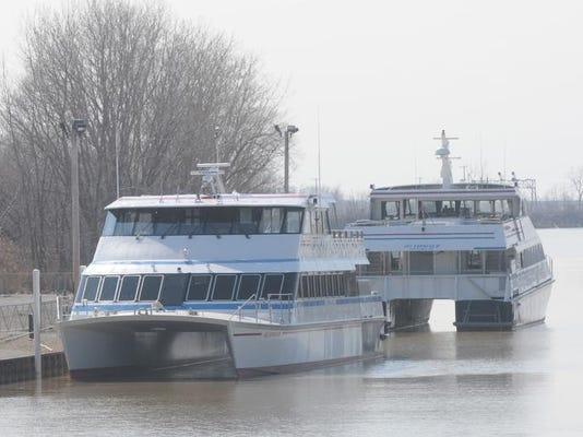 marinas 1.JPG