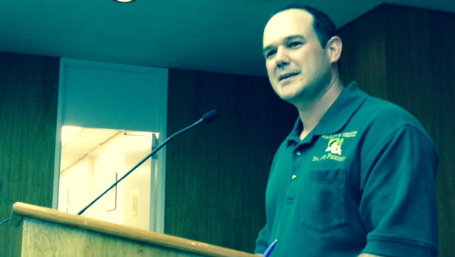 Rick McGuffee of the Louisiana Department of Wildlife and Fisheries tells Rapides Parish police jurors about the plan to draw down Indian Creek beginning Sept. 6.