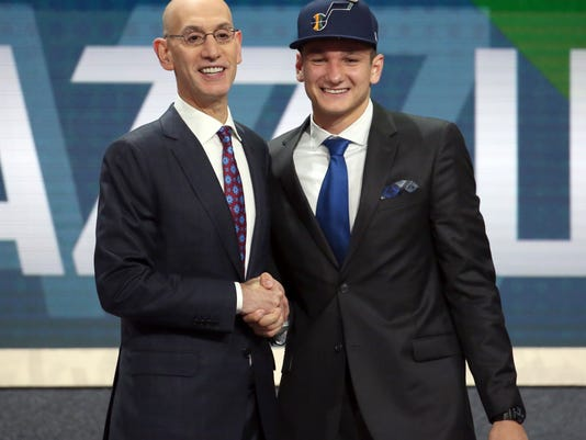 NBA_Draft_Basketball_20964.jpg