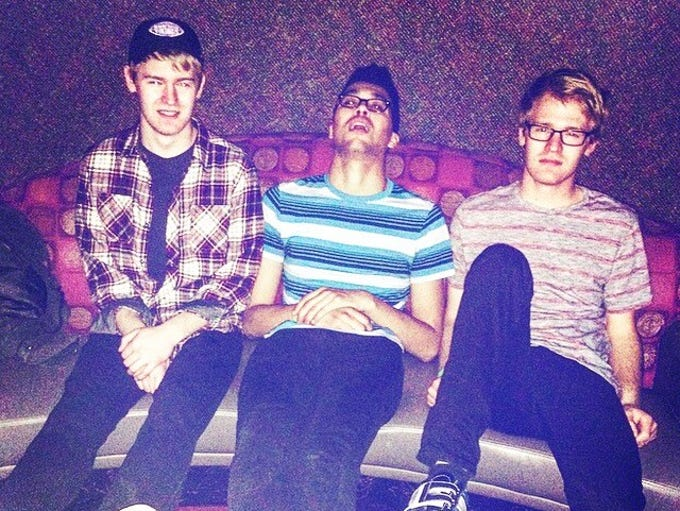 Sioux Falls rock band Tenenbaums consists of twin brothers