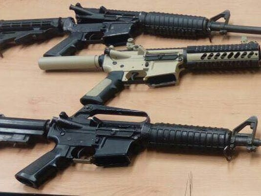 Azteca-rifles.jpg