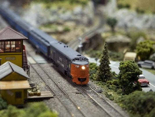636366729893863899-0405-TCLO-railroad.JPG