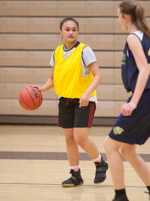 Snow Canyon point guard Jasmine Lealao practices with her team Tuesday, Nov. 29, 2016.