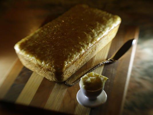 FOOD_KNEADLESS-BREAD_2_LX.jpg